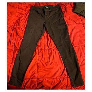 Torrid Black Skinny Jeans   NEW!   NWT   size 12